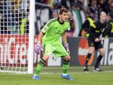 Ancelotti játszatni kezdi Casillast